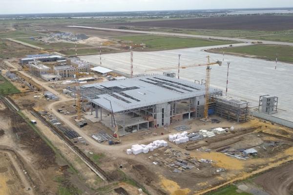 0,5 млрд — это только начало: саратовскому аэропорту строят диспетчерскую, взлетная полоса под вопросом