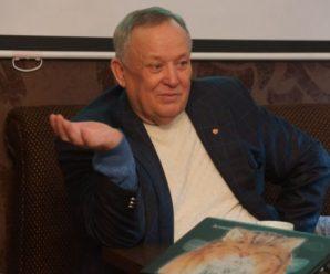 Экс-губернатор Дмитрий Аяцков: я саратовский бизнес призываю не вилы в руки брать, а предъявлять требования к власти