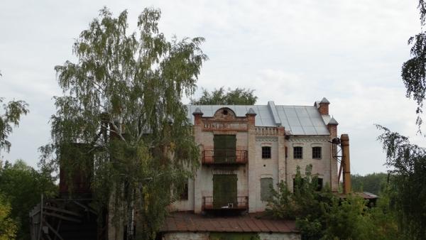 Старинную паровую мельницу в Базарном Карабулаке продают под гостиницу за смешную сумму