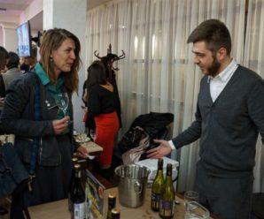 Брызги шампанского, секреты итальянских виноделов и честный сыр халлуми: что узнали саратовцы на фестивале