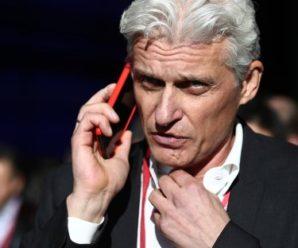 «Тинькофф» попросил сотрудников не называть свое место работы банком