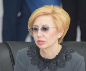 Дед Мороз в погонах: уголовное дело в отношении очередного саратовского министра воспринимается как подарок