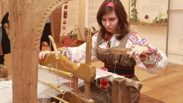 Стань «Ремесленником года»: от саратовских мастеров ждут заявок на областной конкурс