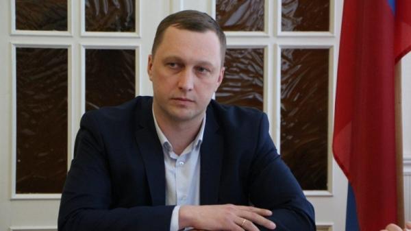 Возможный приход Романа Бусаргина в саратовское облправительство: губернатор мечется, окружение его подставляет