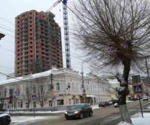 Исторический центр Саратова: «Пульсар-С» назвал сроки сдачи скандального небоскреба на Московской