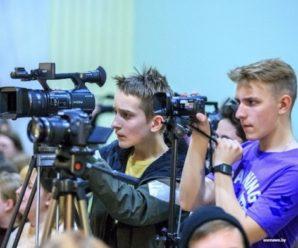 Чтобы отработать 10 млн рублей, саратовский телеканал будет выпускать по 14 сюжетов об облправительстве в день