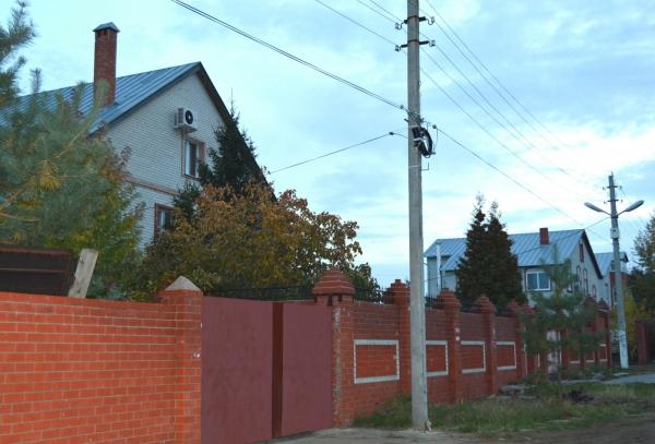 Жители саратовского поселка получили доступ к скоростному интернету и 240 каналов интерактивного ТВ