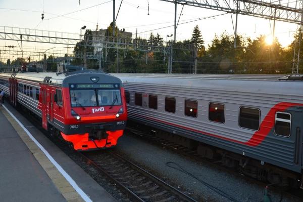 С 1 ноября саратовцы смогут сэкономить на проезде электричкой по городу